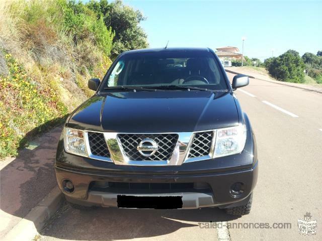 Nissan Navara 2.5 dCi 174 Double Cab